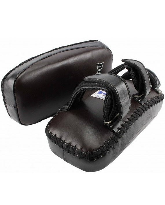 boon curved kick pads with velcro