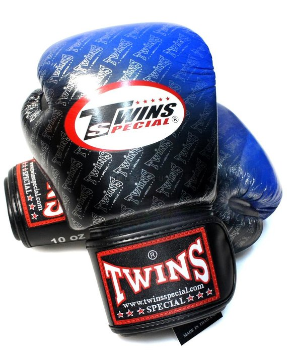 twins 2 tone gloves blue