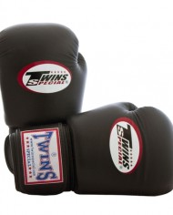 twins gloves brown
