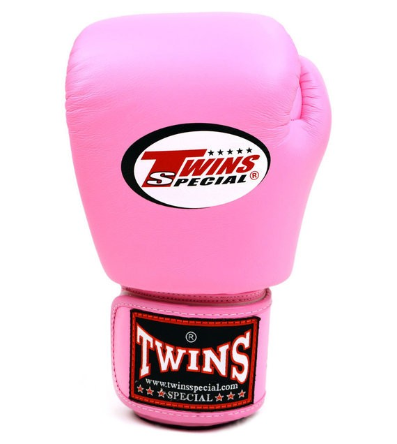 twins special pink gloves